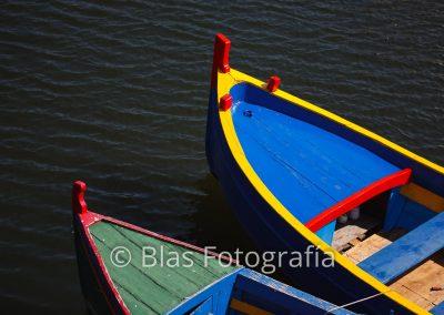 barcas de colores